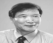 임헌영 교수  사진
