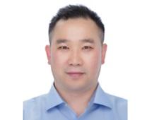 김신우 교수  사진