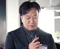김상윤 사진